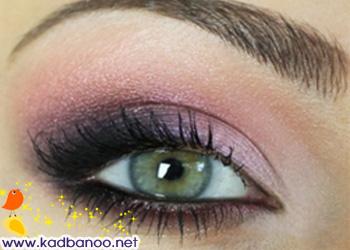 آموزش تصویری آرایش چشم به رنگ صورتی و ارغوانی