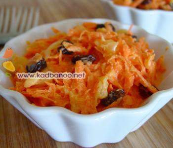 سالاد آناناس و هویج و کشمش