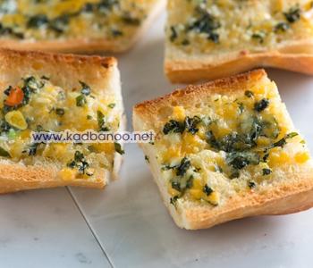 نان سیر پنیری با ریحان